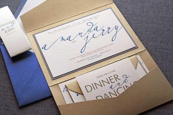 Esempio Partecipazioni Matrimonio: il formato quadrato con busta a tasca