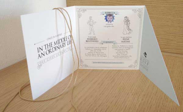 Esempio Partecipazione Matrimonio: il formato quadrato chiusura sagomata