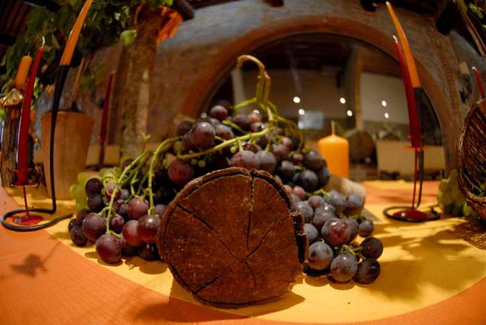 Centrotavola con Uva per Festa Compleanno 50 Anni Tema Vino