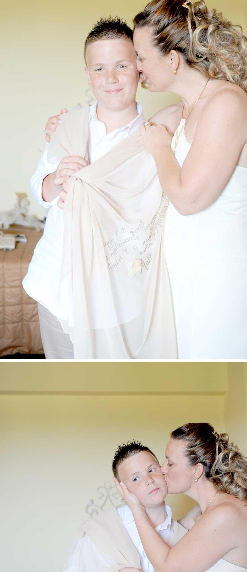 abito sposa country chic, anche i figli sono vestiti a tema