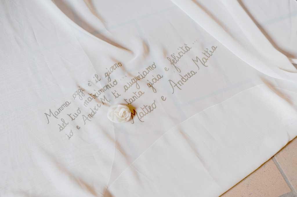 abito da sposa country chic fatto a mano