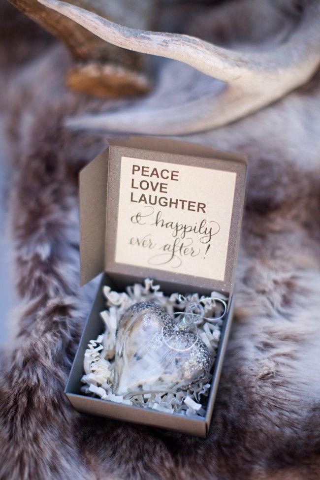 Palla di Natale come Bomboniera per Matrimonio Invernale