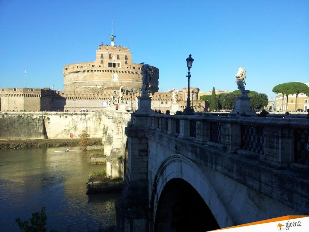 italy honeymoon itinerary Castel Sant'Angelo rome