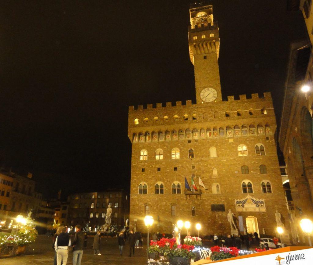Italy honemoon itinerary palazzo vecchio Florence