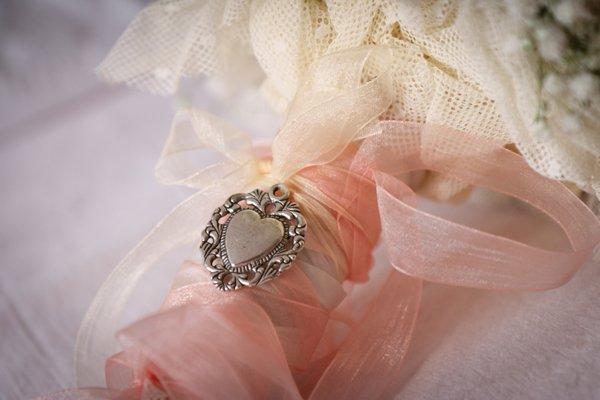 matrimonio vintage: bouquet sposa con peonie
