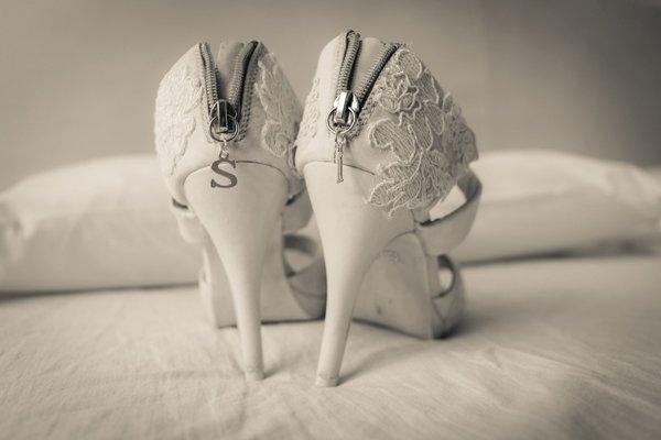 matrimonio vintage: le scarpe della sposa