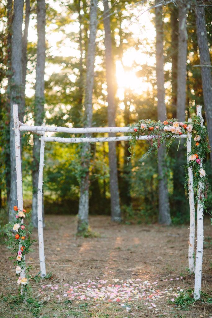 Peach wedding flower decorations