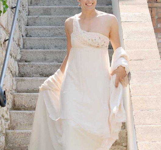 abito sposa monospalla