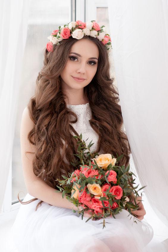 shabby-chic-wedding- bride-hairstyle-
