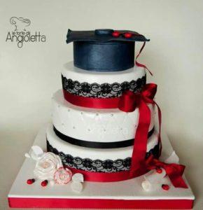 cake design, torta di laurea a piani con tocco