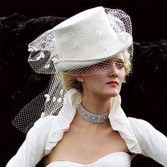 velo da sposa con cappello