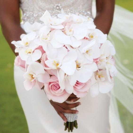 Bouquet Sposa Rose E Calle.Bouquet Sposa 5 Gallerie Di Immagini Scelte In Base Ai Fiori