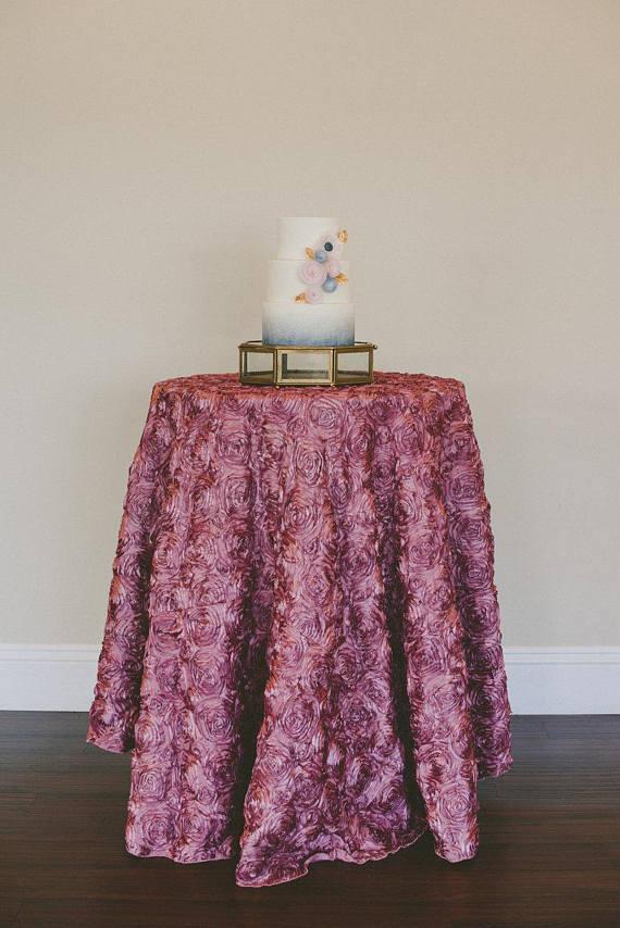Tovagliato Matrimonio | Tovaglia Blush Rosette e centrotavola